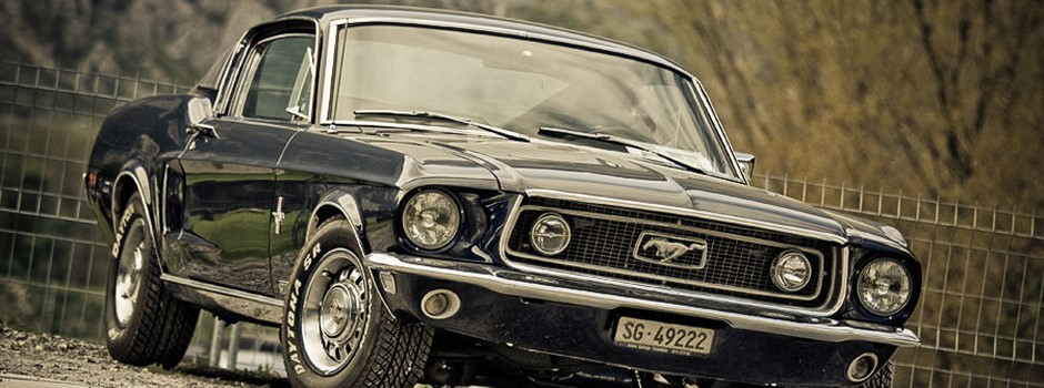 Blue_Ford_Mustang_Fastback_by_AmericanMuscle.jpg